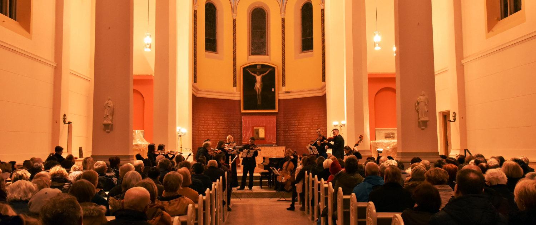 Konzert für Baustelle Hl. Kreuz